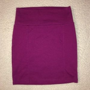 magenta pencil skirt size S